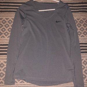 Nike long sleeve size Large